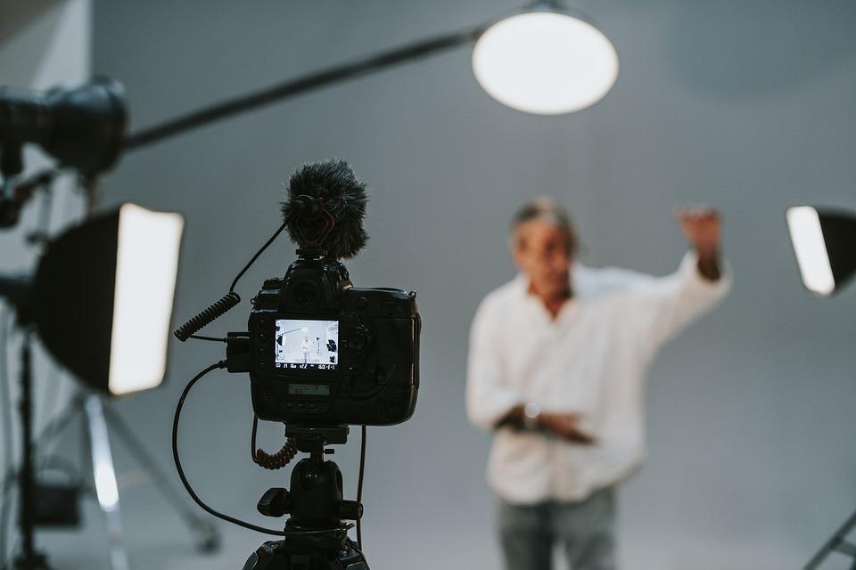 I kit di luce continua per set fotografici: a cosa servono e come sceglierli